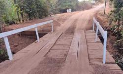 Vereadores denunciam valor pago pela prefeitura em reforma de ponte de madeira