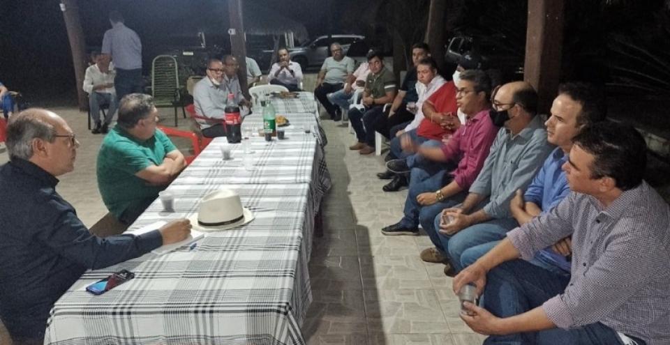Empresários de Colinas discutem implantação de anel viário e outras demandas em encontro com Ronaldo Dimas