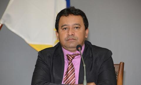 """Eleições 2020: Elenil segue com 11 partidos e diz que será um """"araguainense com os araguainenses"""""""