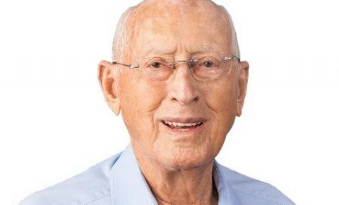 Candidato mais velho do País tem  94 anos e diz que se sente um homem de 40 anos