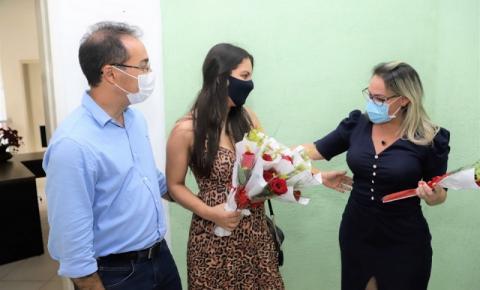 Primeira-dama enaltece papel feminino para a gestão em homenagem às mulheres de Araguaína