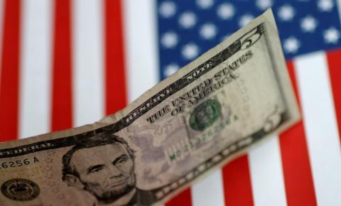 Após a decisão do ministro Edson Fachin em relação ao ex-presidente Lula, dólar opera em alta e chega a R$ 5,87