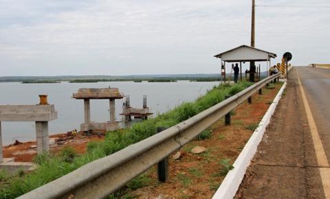 Governo do Tocantins finaliza retirada de postes e ponte de Porto Nacional é liberada